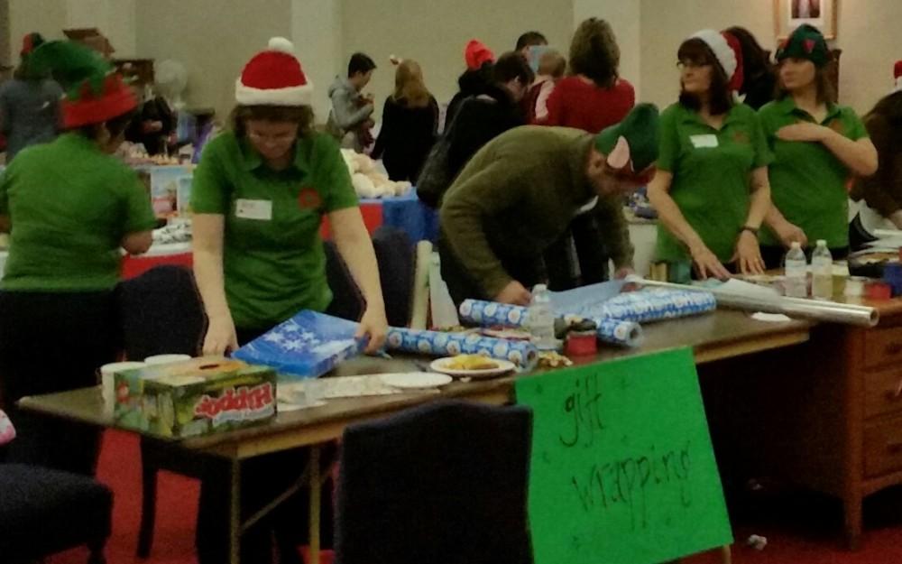 Maple Leaf Ambassadors volunteering Joy of Sharing